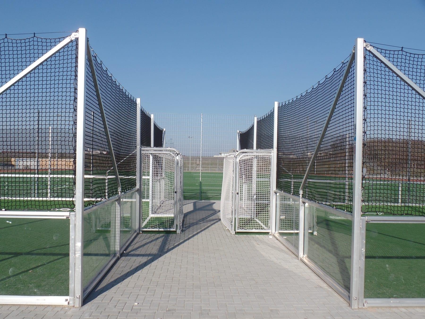 Soccer-Courts-mit-Bolztoren