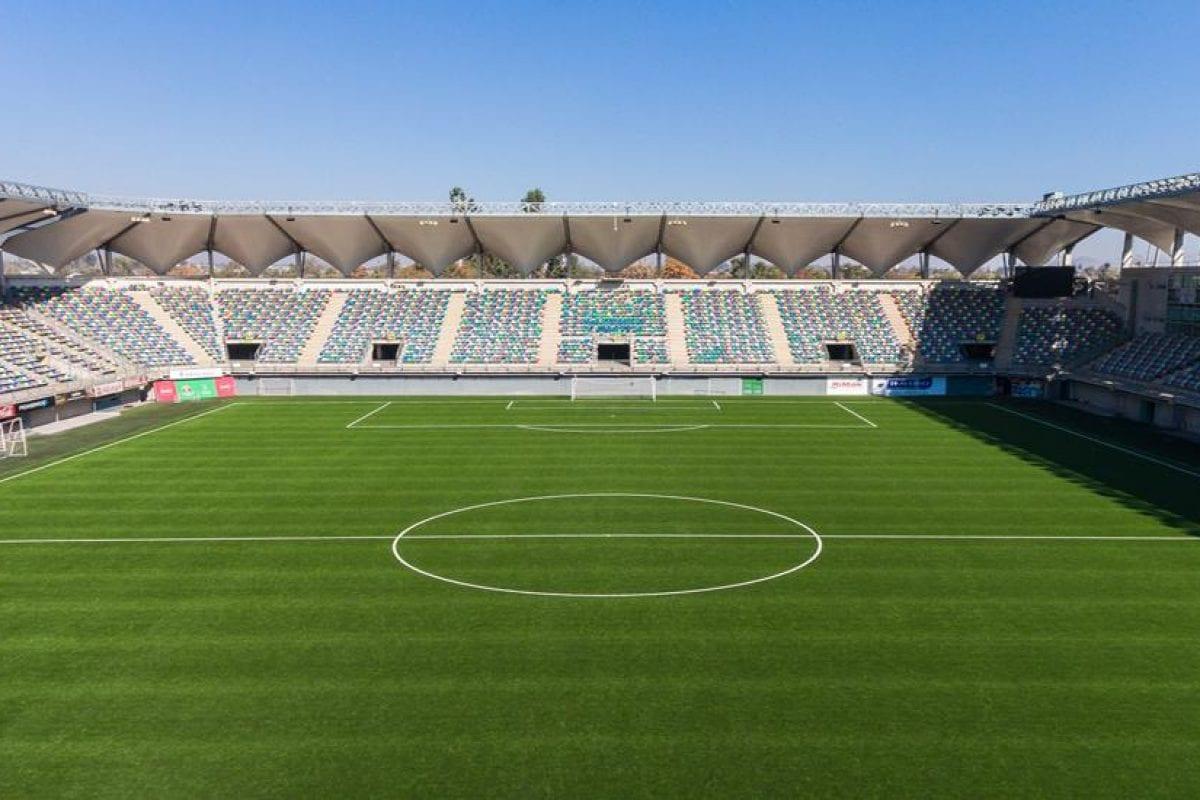 Neuer Kunstrasen für Primera División de Chile