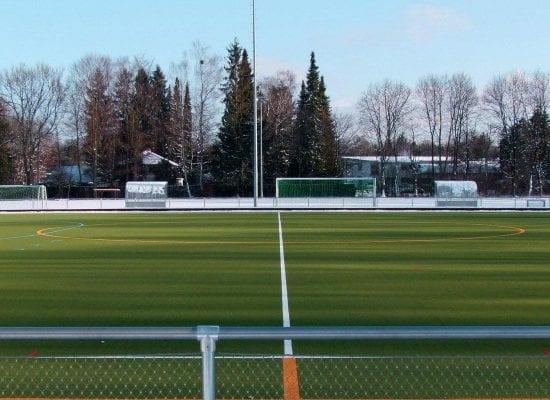 Hockeyplatz mit Rasenheizung, Grünwalder Freizeitpark