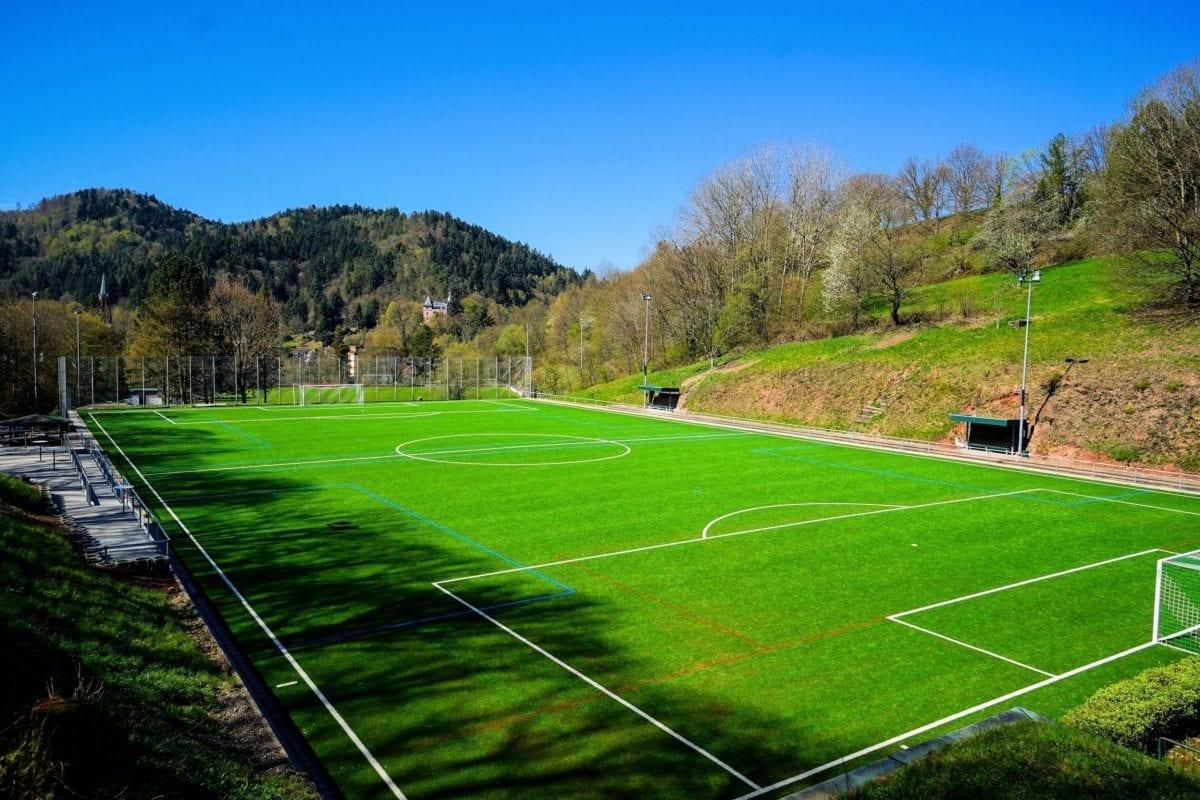 Neuer Kunstrasen für den FC Lichtental 1930 e.V.