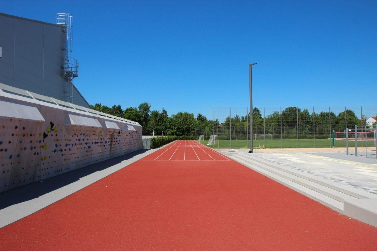 Polytan_Gym-München-Nord_05b-scaled